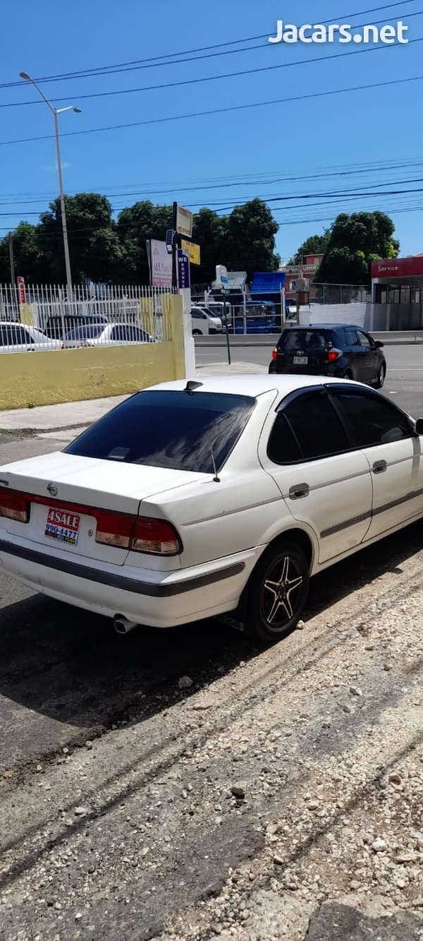 Nissan Sunny 1,6L 2001-3