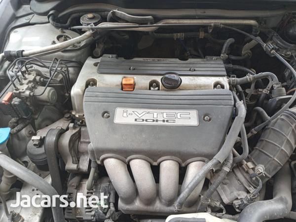 Honda Accord 2,0L 2004-6
