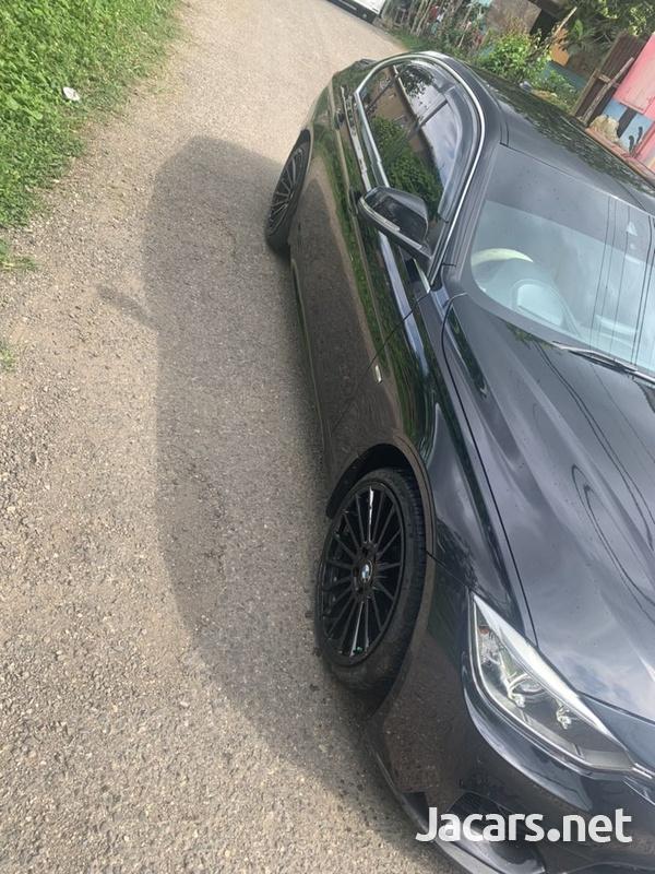 BMW 3-Series 2,0L 2014-6