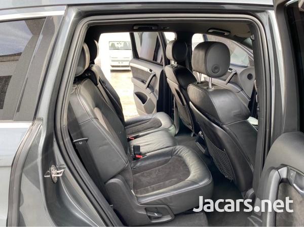 Audi SQ7 3,0L 2013-6