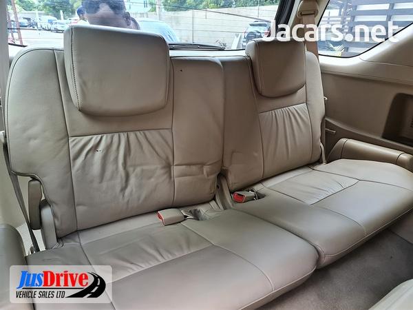 Toyota Fortuner 3,0L 2010-9
