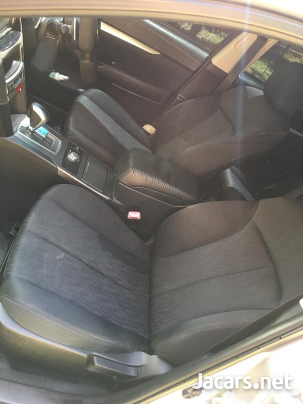 Subaru Legacy 2,0L 2011-12