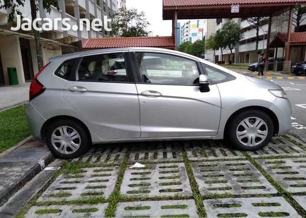 Honda Jazz 1,3L 2015-6