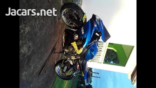 2010 GSX-R 750 Bike-1
