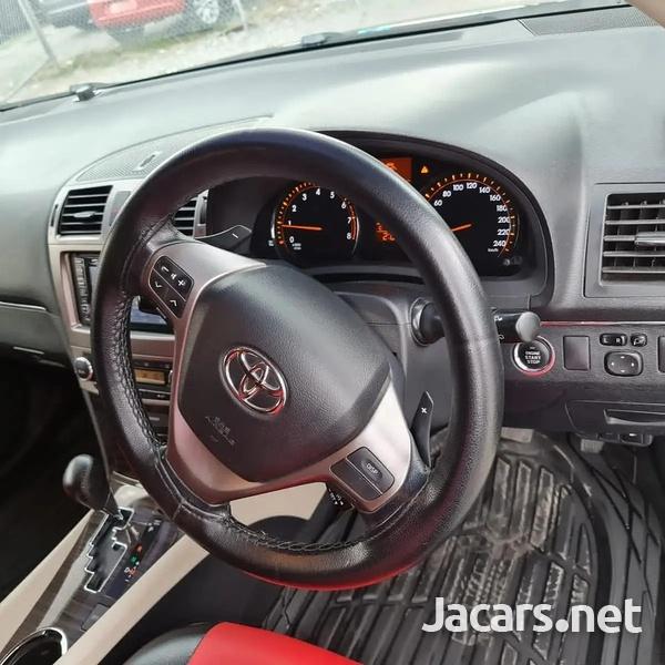 Toyota Avensis 1,9L 2014-5