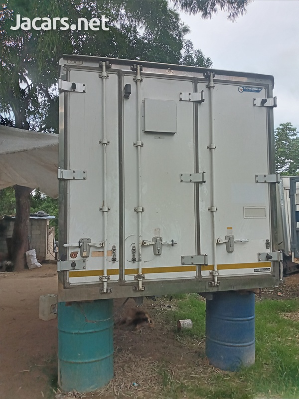 7 tons Cargo Box-2