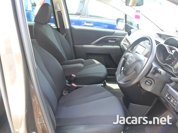 Mazda Premacy 2,0L 2015-7