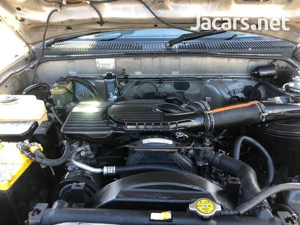 Toyota Hilux 2,8L 2005-8