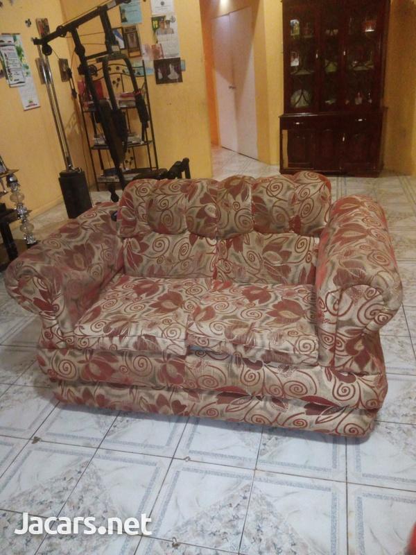 comfortable settee-4