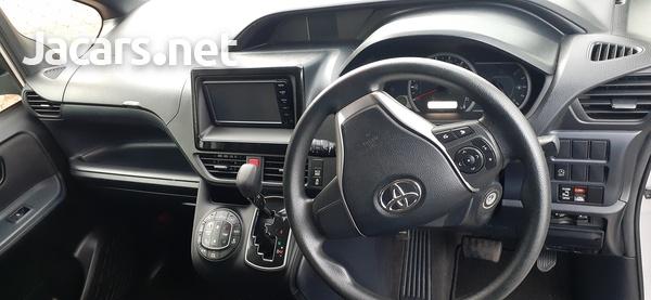 Toyota Noah 1,8L 2016-5