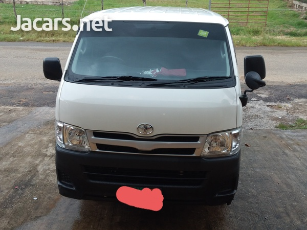 2012 Toyota HIACE contact- 876 817-2035 or 876 494-4436-1