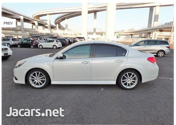Subaru Legacy 2,0L 2013-3