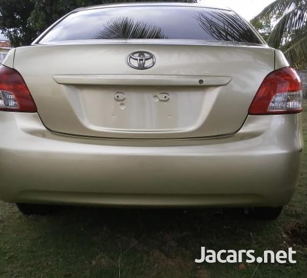 Toyota Belta 1,2L 2008-7