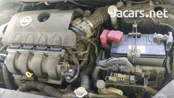 Nissan Sentra 1,8L 2013-7