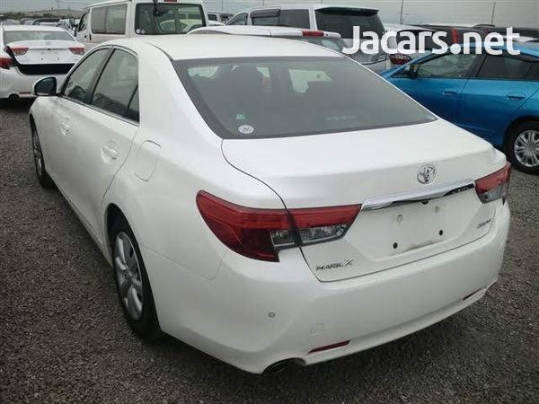 Toyota Mark X 1,8L 2013-2