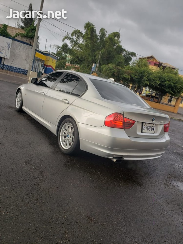 BMW 3-Series 1,8L 2011-5