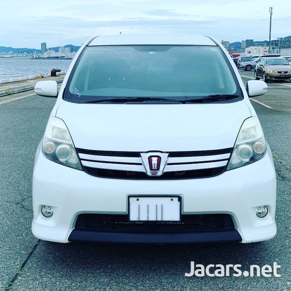 Toyota Isis 1,8L 2012-2