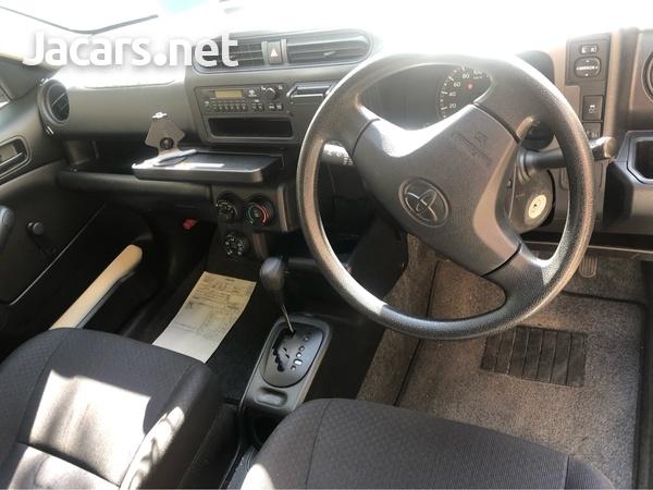 Toyota Probox 1,3L 2015-3