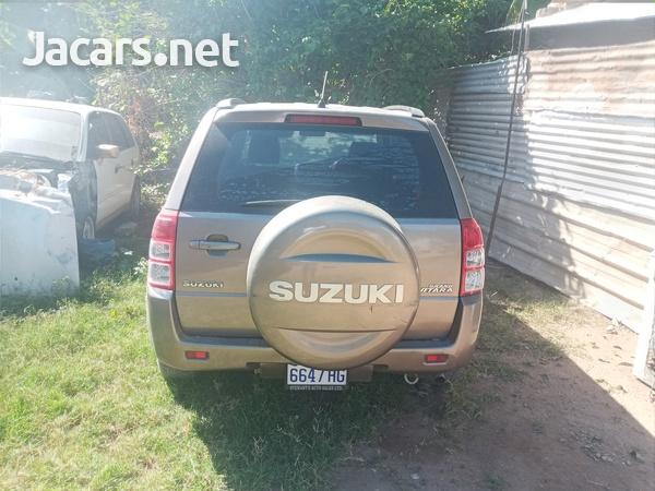 Suzuki Vitara 2,4L 2014-3