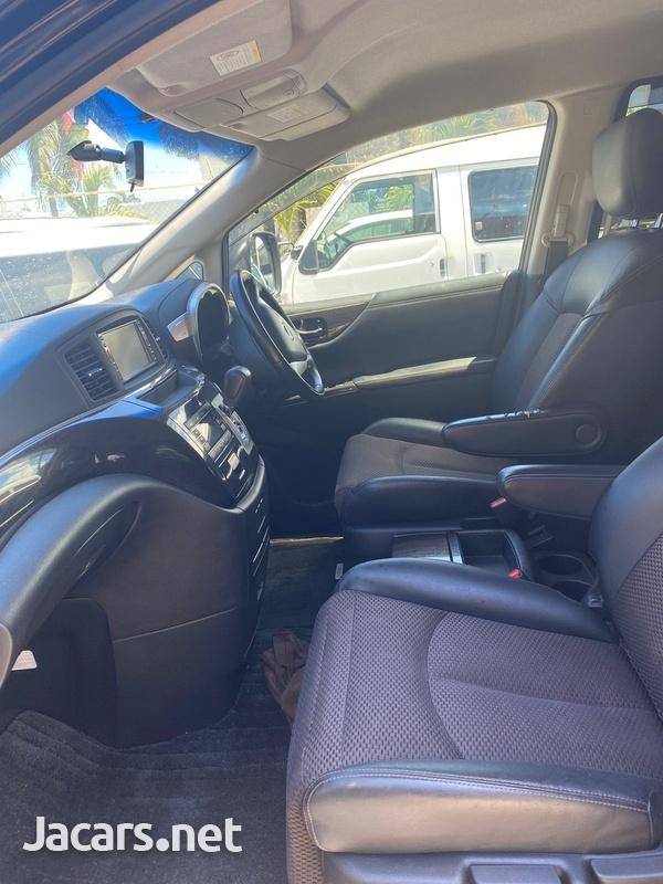 Nissan Elgrand 2,0L 2013-3