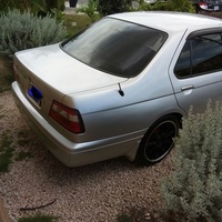 Nissan Bluebird 1,8L 1999