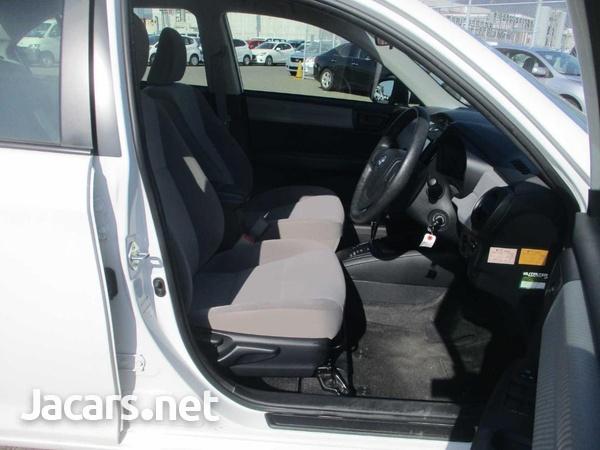 Toyota Corolla 1,5L 2015-4