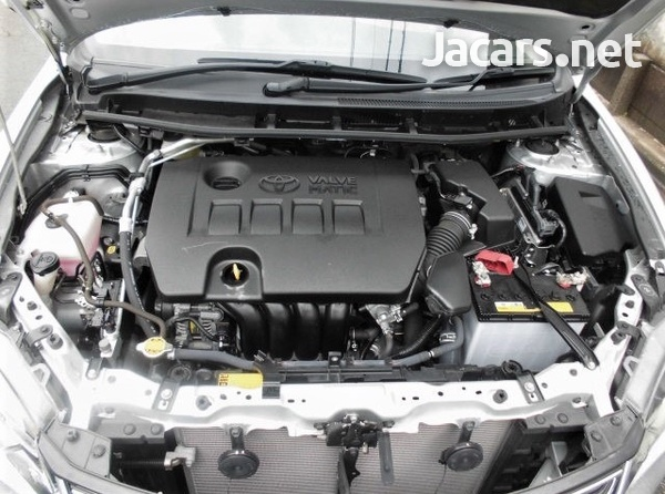 Toyota Premio 2,0L 2017-6