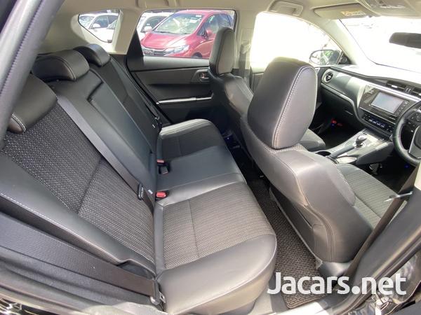Toyota AURIS 1,8L 2016-14