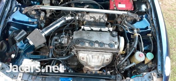 Honda Integra 1,4L 1997-3