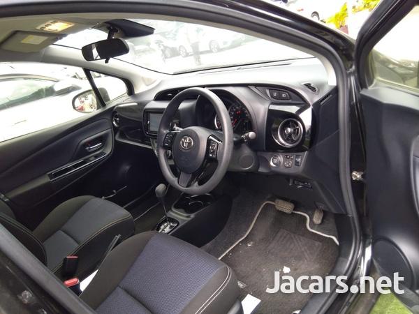 Toyota Vitz 1,3L 2018-4