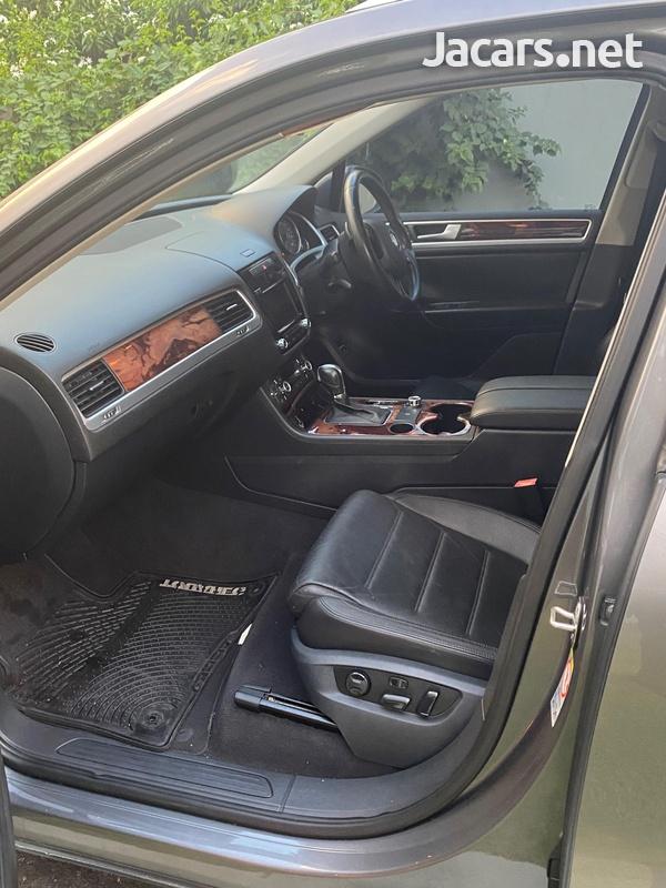 Volkswagen Touareg 3,6L 2012-3