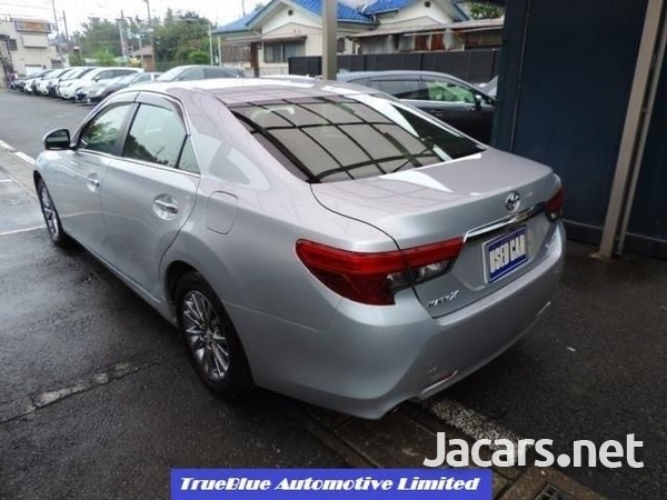 Toyota Mark X 2,5L 2015-3