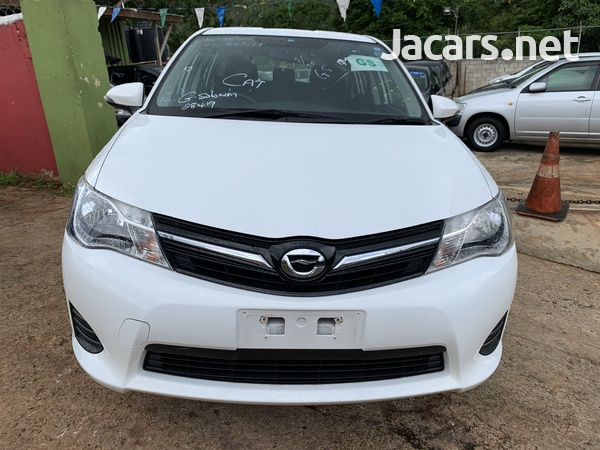 Toyota Fielder 1,5L 2014-3