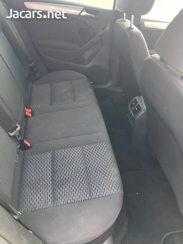 Volkswagen Golf 1,2L 2013-5