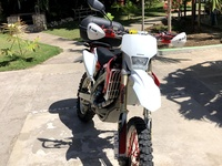 2005 honda CRF 450x Dual Sport Dirt Bike