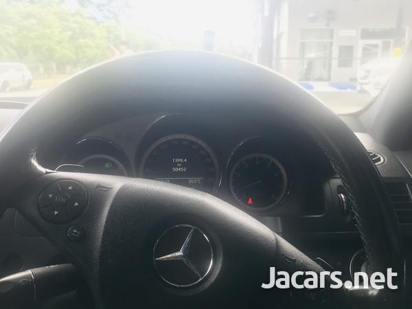 Mercedes-Benz C-Class 2,0L 2011-12