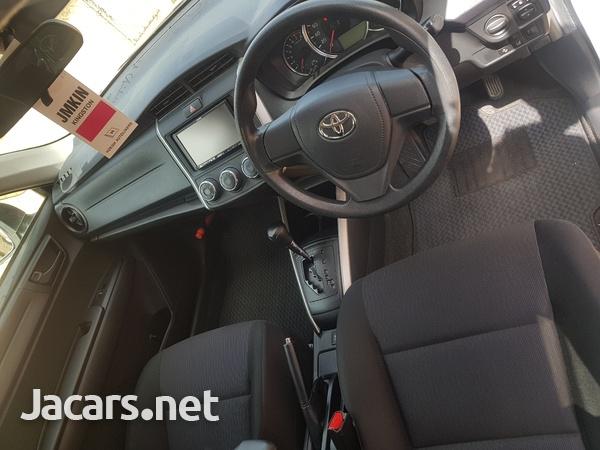Toyota Fielder 1,5L 2016-8