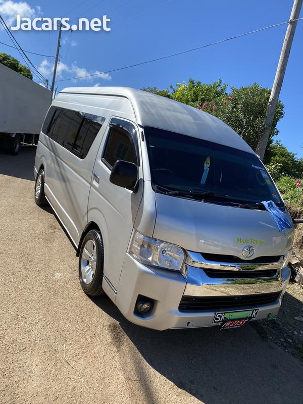 2012 Toyota Hiace Bus-6