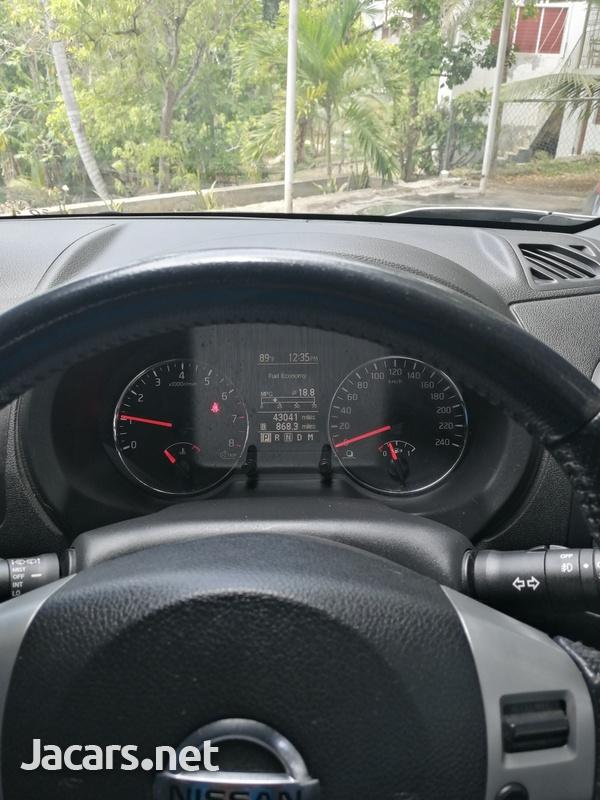 Nissan X-Trail 2,5L 2013-5