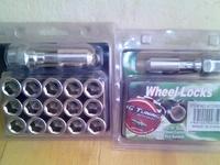 wheel nuts