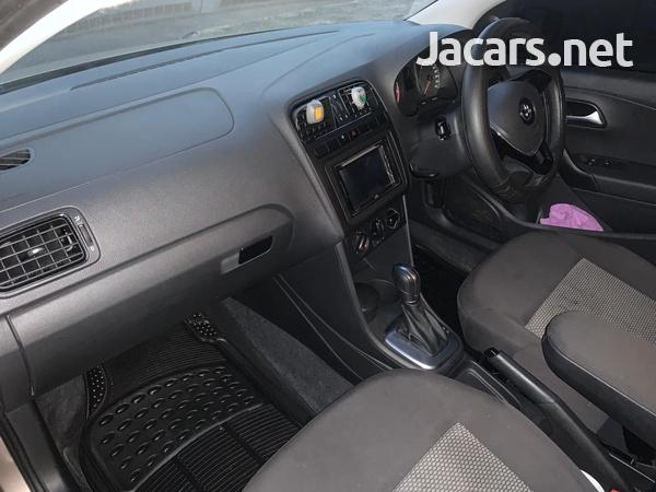 Volkswagen Polo 1,6L 2018-4
