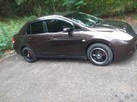 Nissan Tiida 3,4L 2011