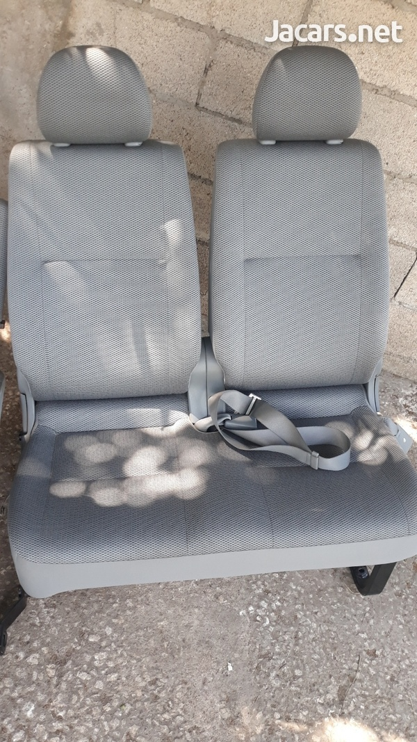 BUS SEATS WITH STYLE AND COMFORT.LOOK NO FURTHER 8762921460-4