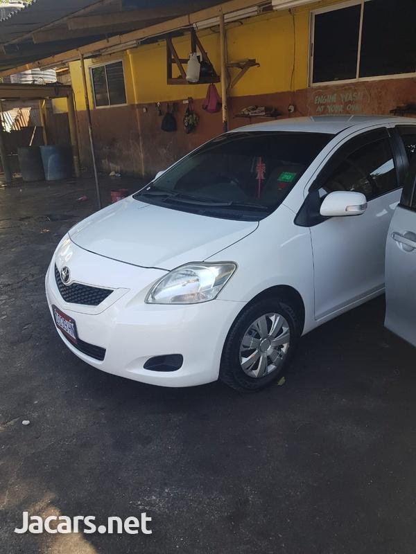 Toyota Belta 1,0L 2012-5