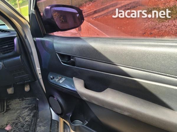 Toyota pick up 3,0L 2017-8