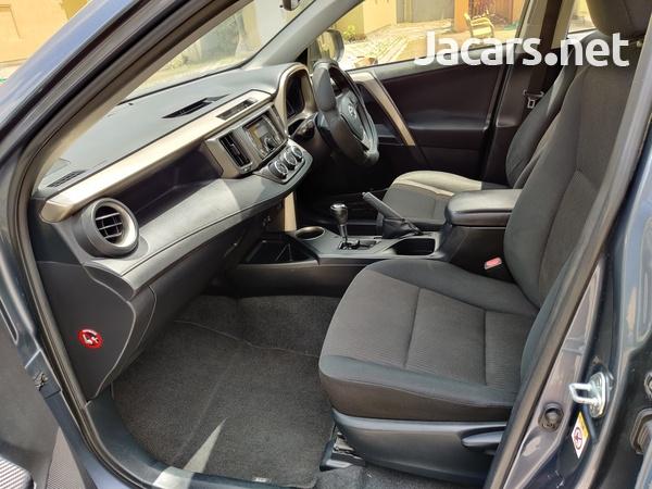 Toyota RAV4 2,0L 2014-5