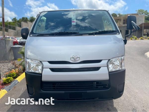 Toyota Hiace 2,0L 2017-4