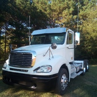 2009 Colombia Freightliner Truck