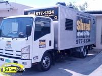 Isuzu Box Body Truck 2010