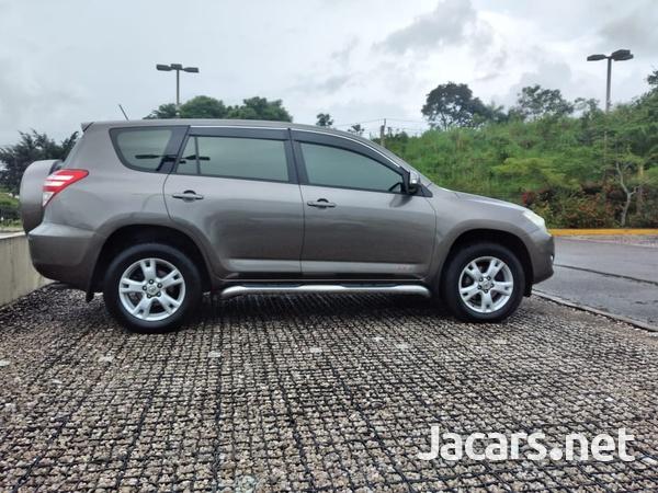 Toyota RAV4 2,4L 2012-7